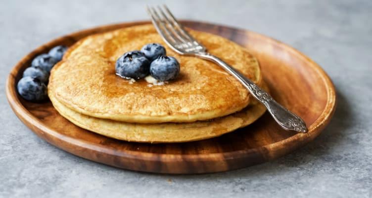 Paleo Coconut Flour Pancakes | Healthy breakfast recipe